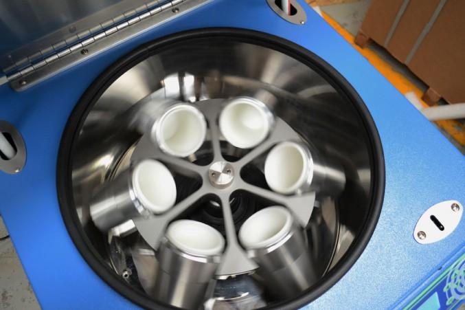 Centrifuga refrigerada para Banco de Sangre de 6 vasos