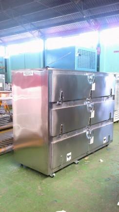 Refrigeradores para cadáveres. Refrigerador para Cadáveres para 3 Cuerpos con Salida por el costado